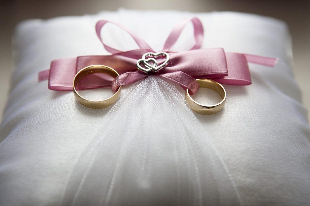 wedding-688924_1280