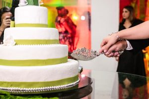 wedding-cake-478315_640